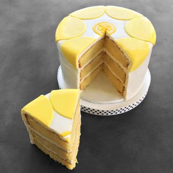 featured_daisy-lemon-cake.f07a9b752c2e3e